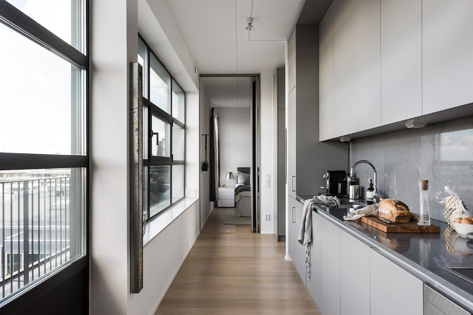 modern-apartment-in-neutral-colors-2