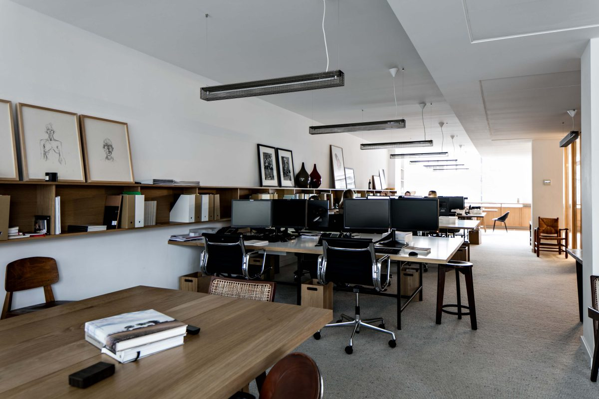 INSPIRING WORKSPACE IN LONDON BY FESTEN